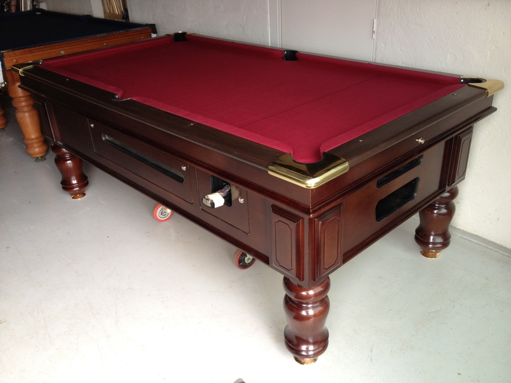 Ultra-stylish Billiards